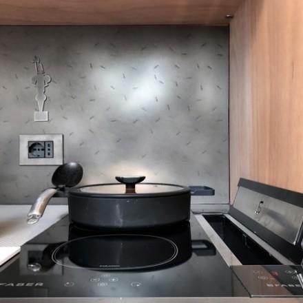 aVOID Kitchen 3