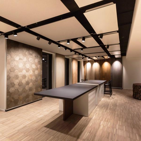 02 Showroom