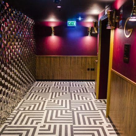 Hotel Indigo London_ Hallway3
