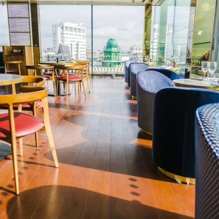Hotel Indigo London_Rest2