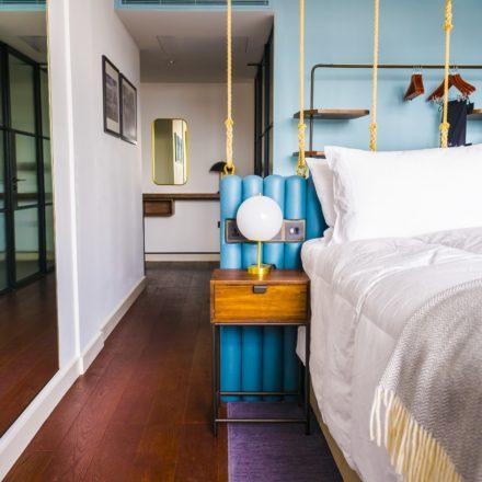 Hotel Indigo London_Room1