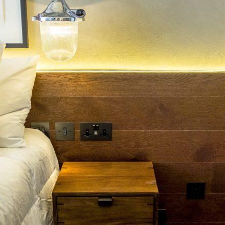 Hotel Indigo London_Room6